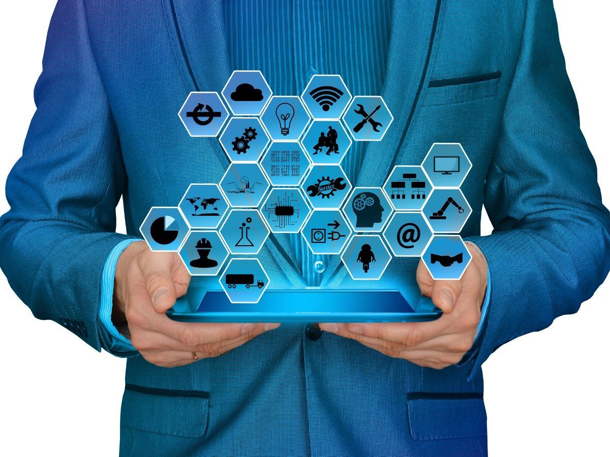 Cómo utilizar Inteligencia Artificial para optimizar la experiencia de clientes